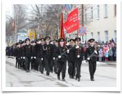 Прохождение торжественным маршем с копией Знамени Победы